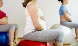 beneficios-pelota-pilates-para-embarazadas-2